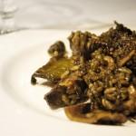 Arroz negro con jibia y coliflor